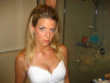 Très belle femme infidèle recherche unevraie rencontre extra conjugale